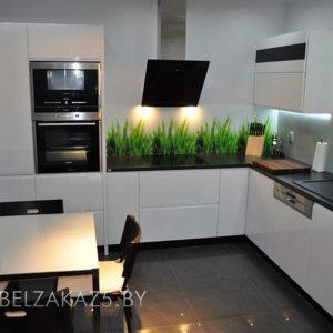 Угловая кухня минимализм из крашенного мдф