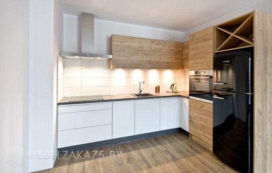 Угловая кухня в стиле хай тек с матовыми фасадами