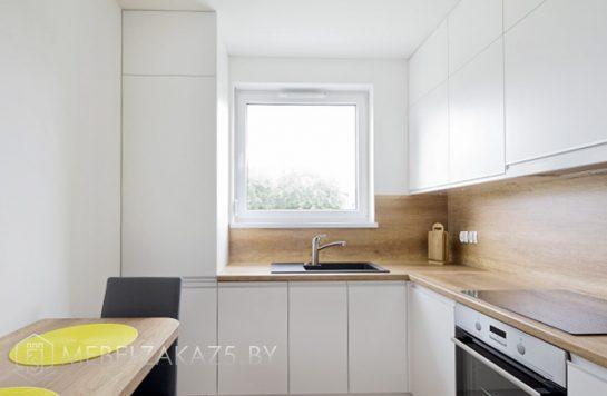 Угловая кухня из мдф белого цвета
