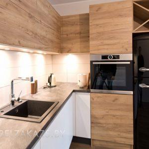 Ультрасовременная угловая кухня из шпона в скандинавском стиле