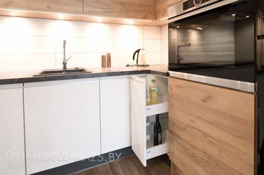 Угловая кухня из шпона в скандинавском стиле