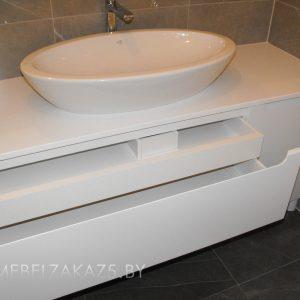 Белая матовая тумба под раковину в ванную
