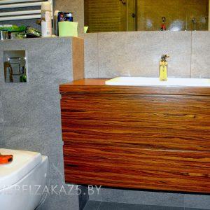 Подвесная тумба под раковину в ванную цвета дерева