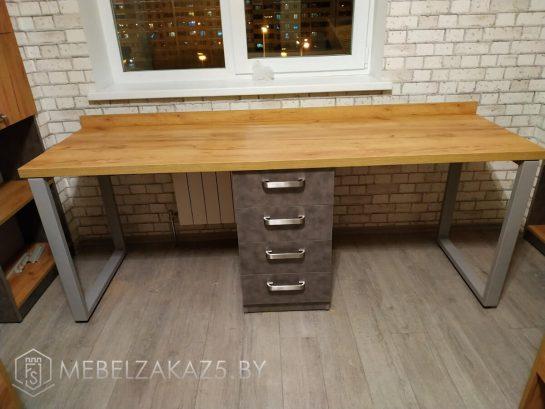 Письменный стол для двух подростков с выдвижными ящиками