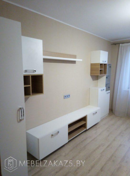 Современная мебель для гостинной в белом цвете