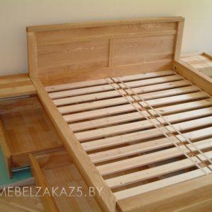 Кровать из массива с ящиками без ручек