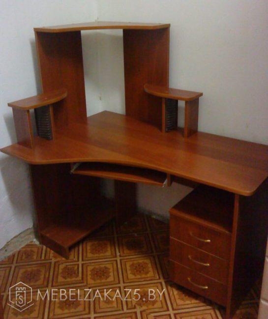 Компьютерный стол угловой с ящиком