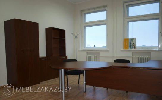 Мебель для офиса в классическом стиле