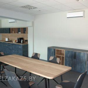 Офисная кухня, тумба и стол