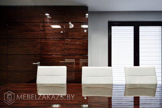 Офисный стол для переговоров со шкафом