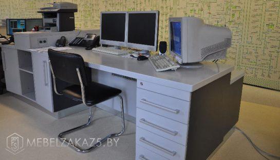 Компьютерные столы в офис