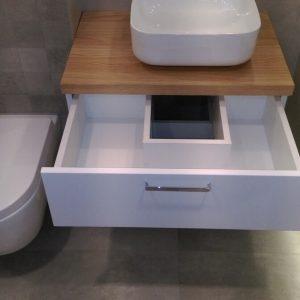 Мебель для туалета в скандинавском стиле