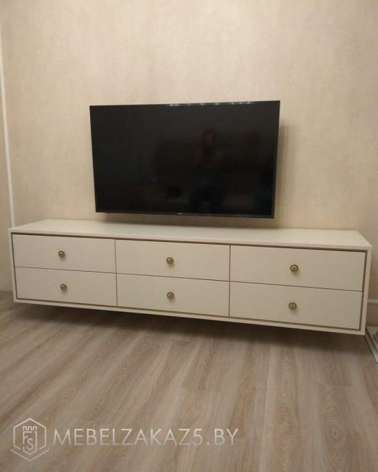 Тумба под телевизор классическая