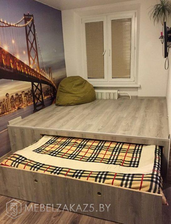 Кровать-подиум с выдвижной кроватью